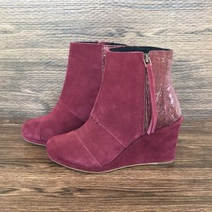 Toms Burgundy Wedge Booties